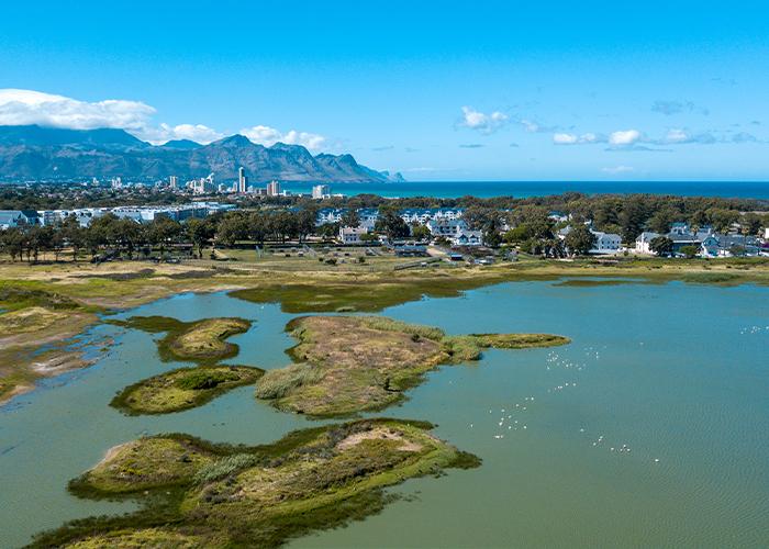 Paardelvei-lifestyle-Estate-PLE-apartments-sea-vlei-view